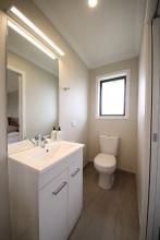 mini-Bathroom-01
