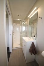 mini-Bathroom-02