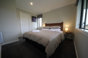 mini-Bedroom-01